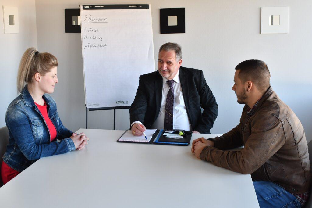 Adrian Tschanz - Coaching ist ein weiteres Instrument bei Krisen und Problemen